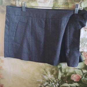NWT Guess Sz 31 skirt